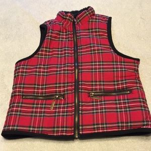 Adorable plaid vest